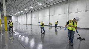 Phủ bóng sàn giúp bảo vệ bề mặt sàn tốt hơn