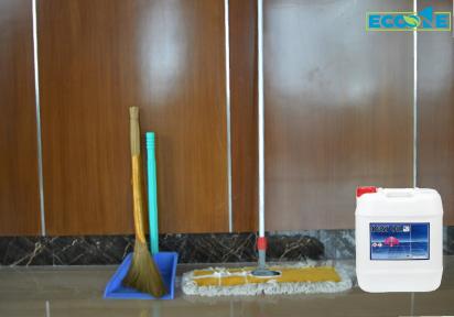 Bước 1: Chuẩn bị các dụng cụ, thiết bị vệ sinh